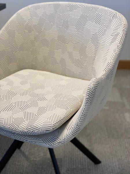 WS - Case Study - Noir chair 4-star fixed (1)